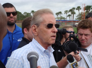 Fred Wilpon addresses media