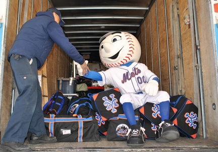 mets equipment truck