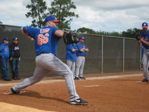 Josh Edgin throws a bullpen.